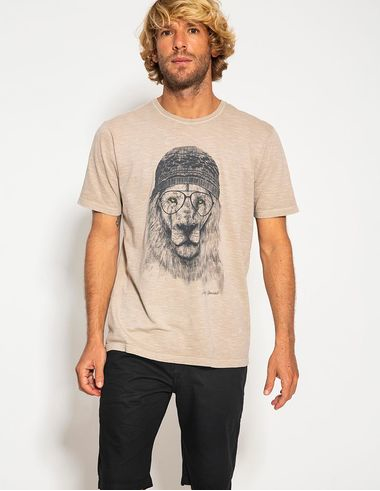 imagem de T-shirt Leão Stonada